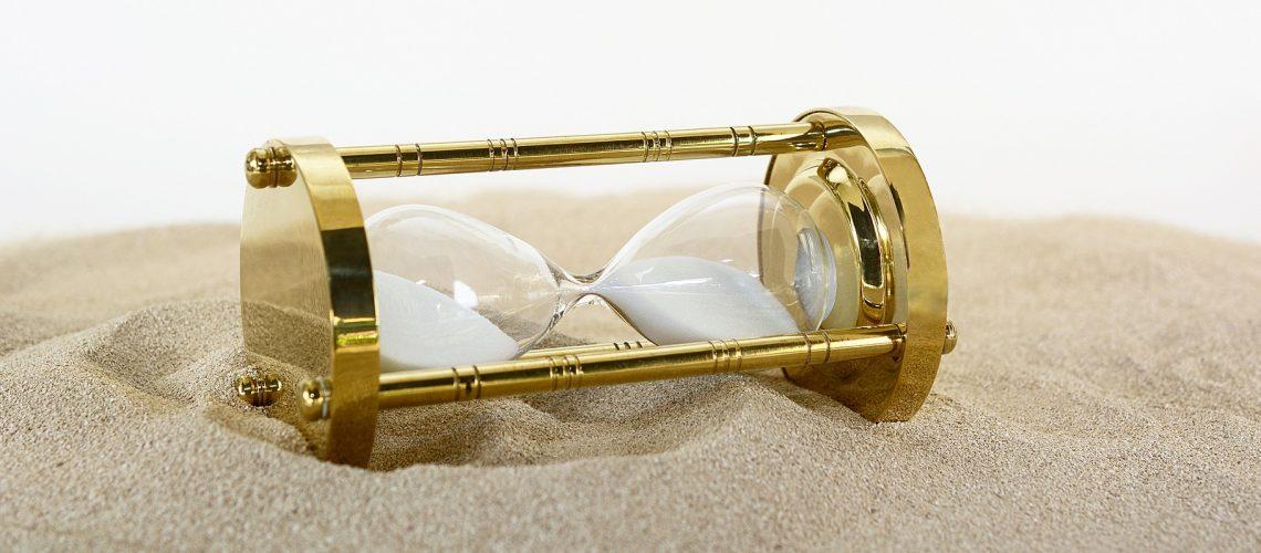 hourglass-2910951_1920